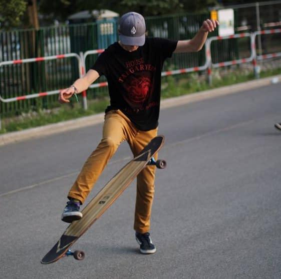 Longboard Dancing in Krakow a story about shredding well